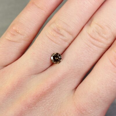 0.60 ct brown round diamond