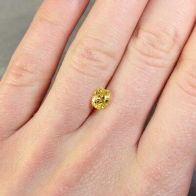 1.06 ct vivid yellow oval diamond
