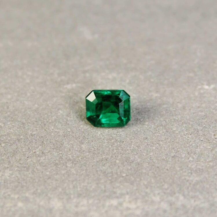 1.15 ct bluish green octagon emerald