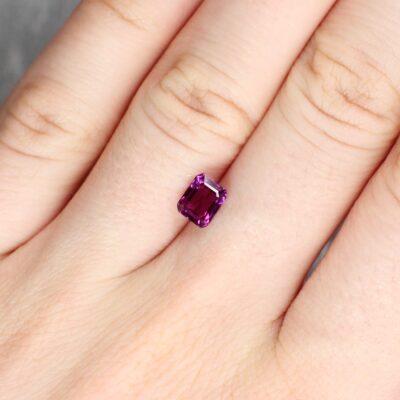 1.31 ct pinkish purple octagon sapphire