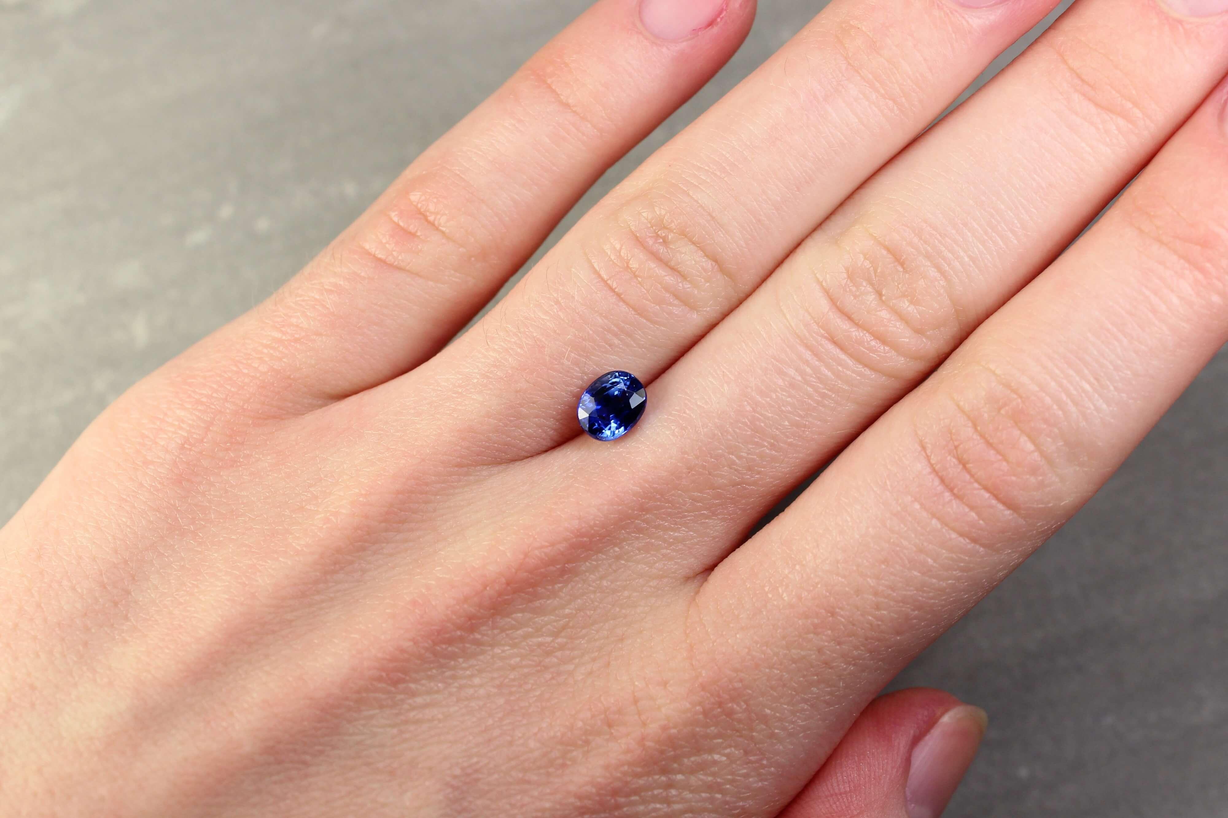 1.53 ct blue oval sapphire
