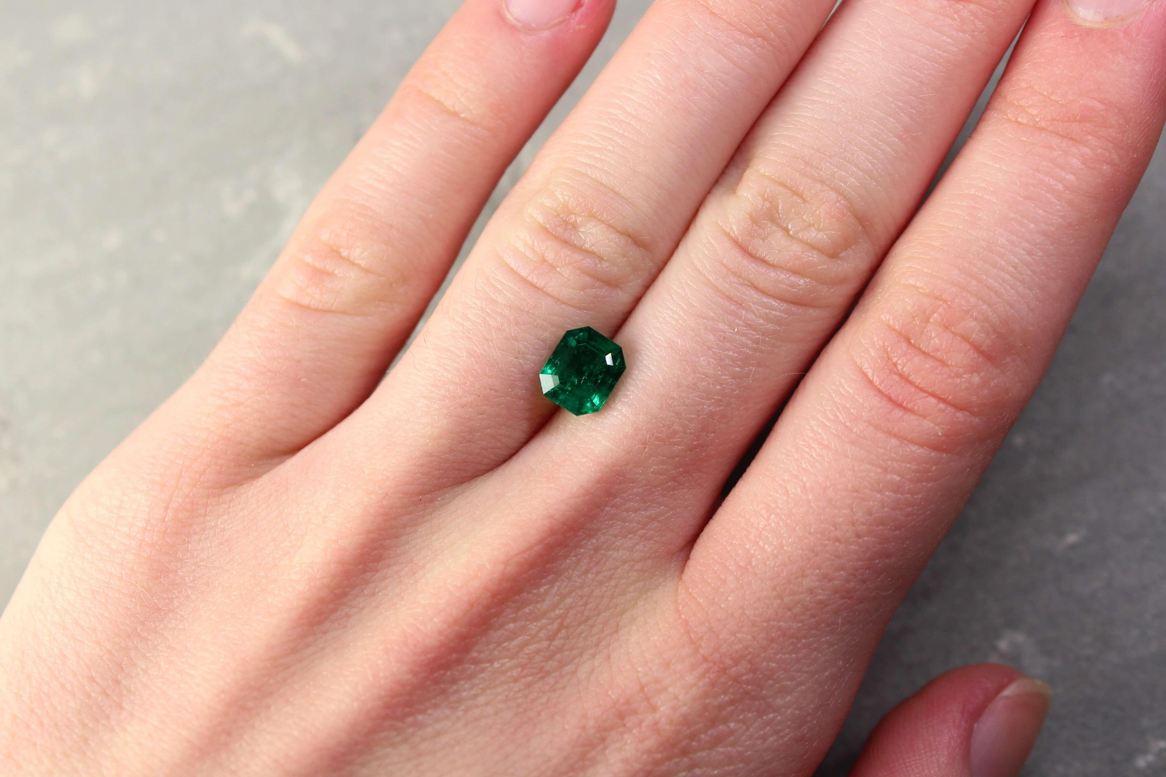 1.62 ct bluish green octagon emerald