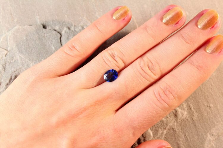 1.63 ct blue oval sapphire