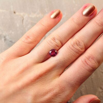 1.81 ct reddish pink oval sapphire