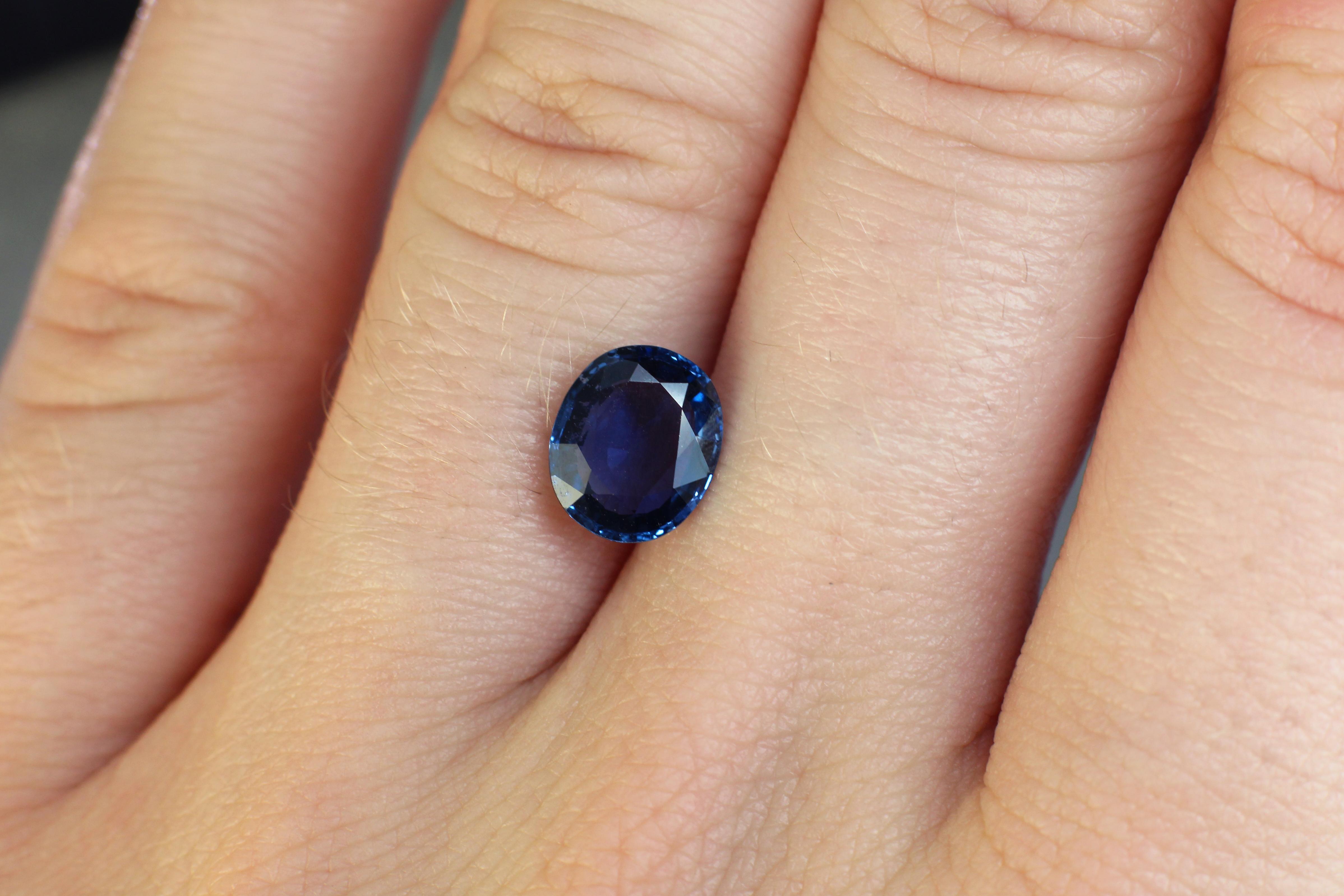 1.87 ct violetish blue oval sapphire