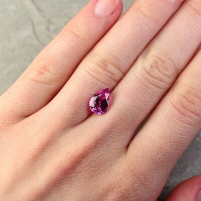 2.83 ct pink pear shape sapphire