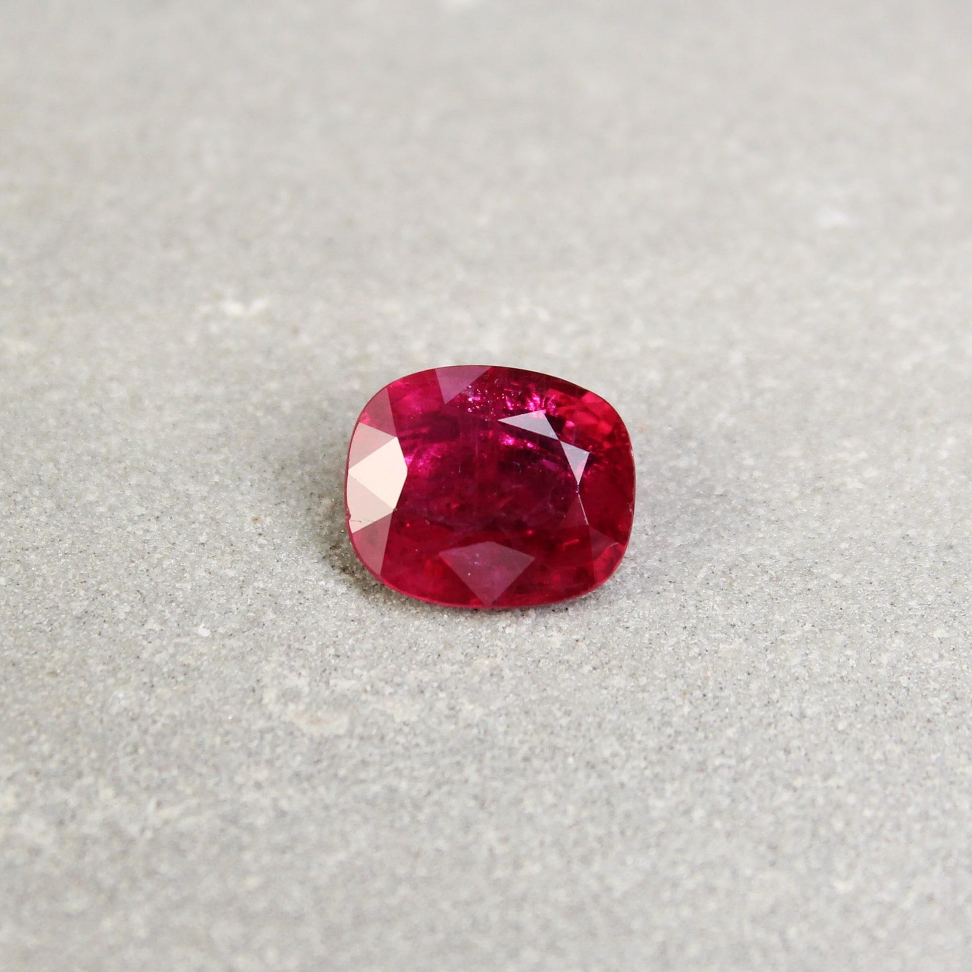 3.26 ct purplish red cushion ruby