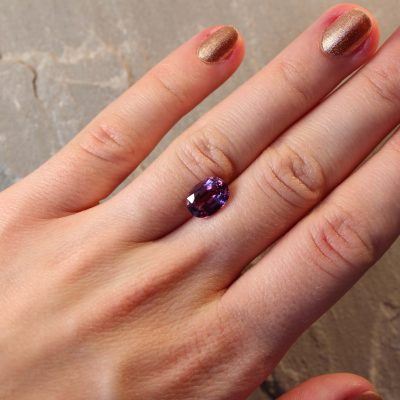 3.26 ct purple oval sapphire