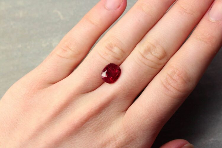 4.05 ct red oval ruby