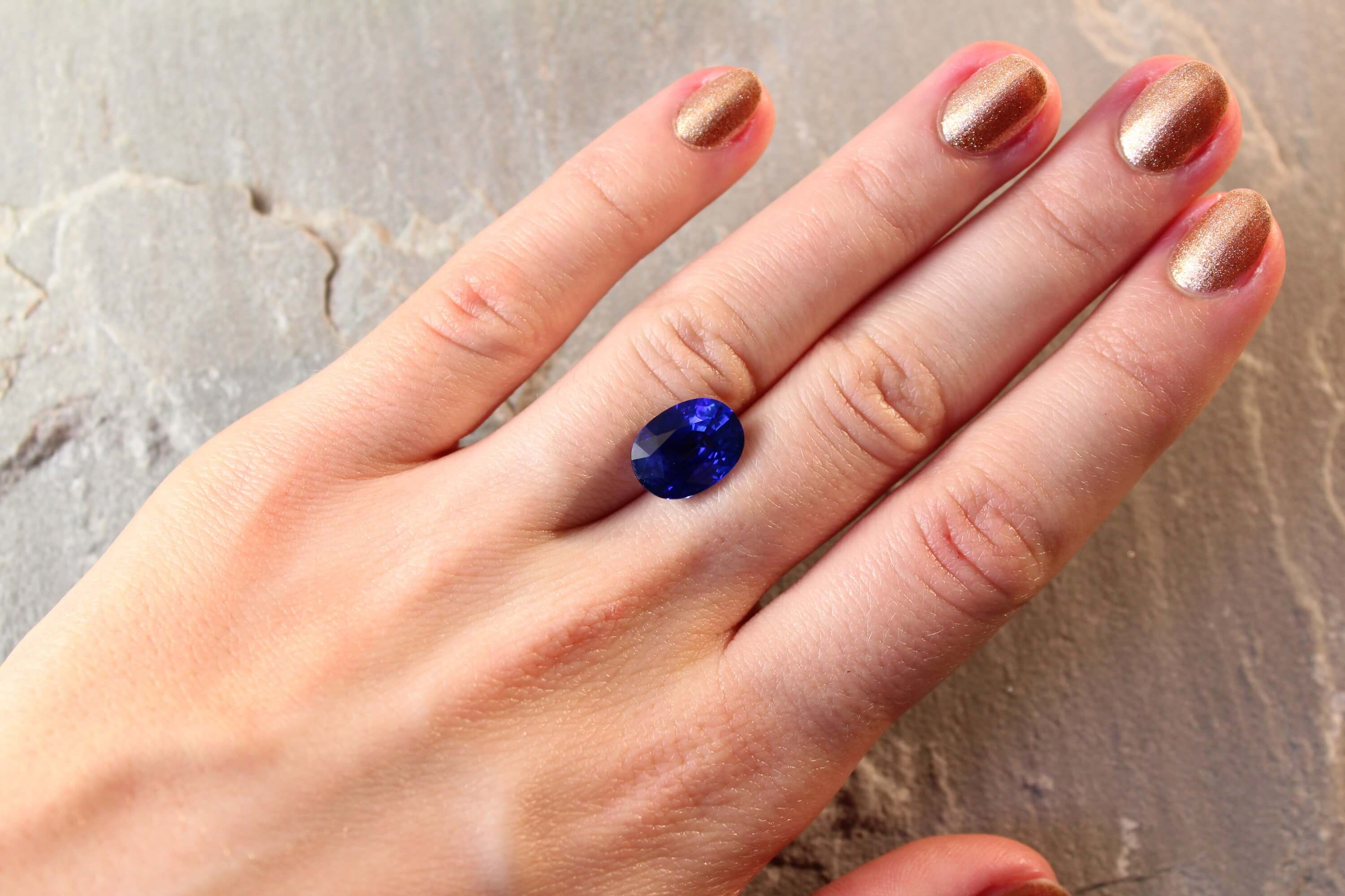 6.64 ct royal blue oval sapphire