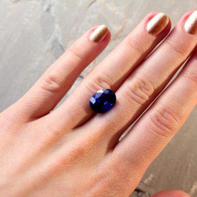 6.97 ct vivid blue oval sapphire