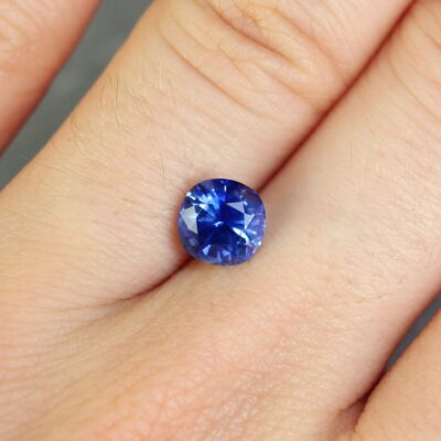 1.69 ct blue oval sapphire