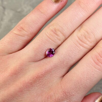 1.05 ct purplish red oval ruby