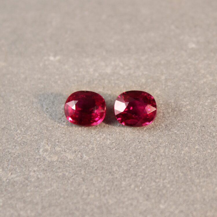 2.13 ct purplish red cushion / oval ruby pair