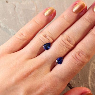 2.55 ct blue pear shape sapphire pair