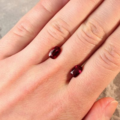 2.74 ct red oval ruby pair