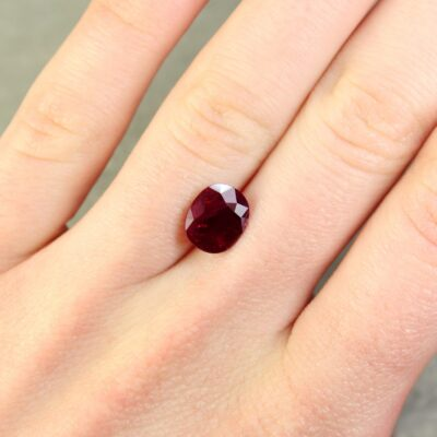 3.24 ct purplish red oval ruby