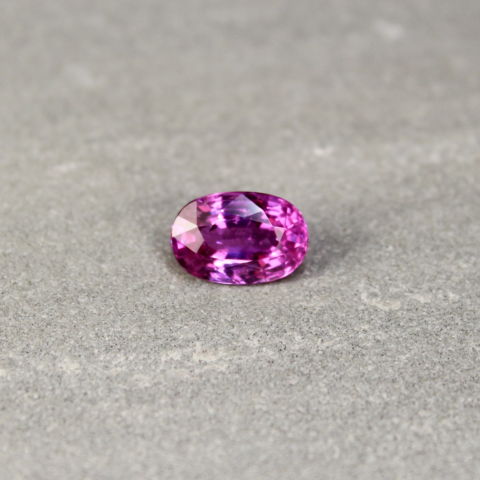 3.35 ct pink oval sapphire