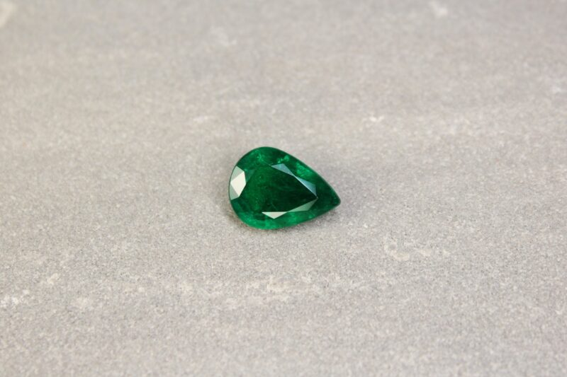 3.43 ct pear shape green emerald