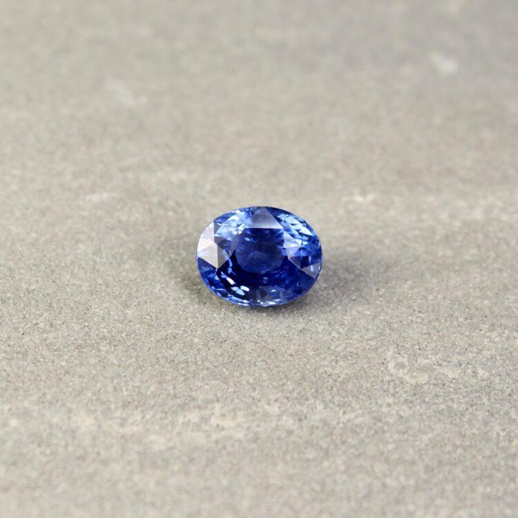 3.61 ct oval blue sapphire