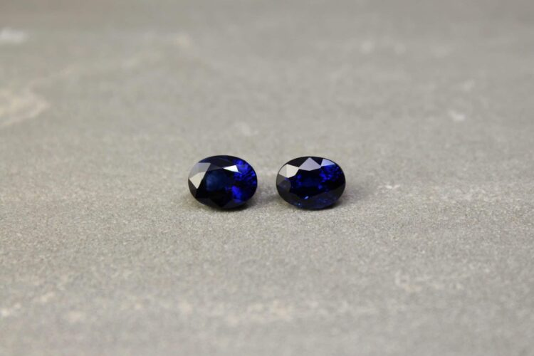3.96 ct blue oval sapphire