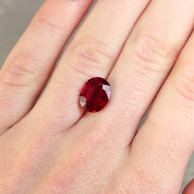 4.13 ct red oval ruby