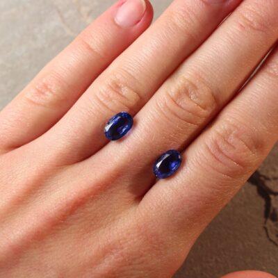 4.73 ct blue oval sapphire