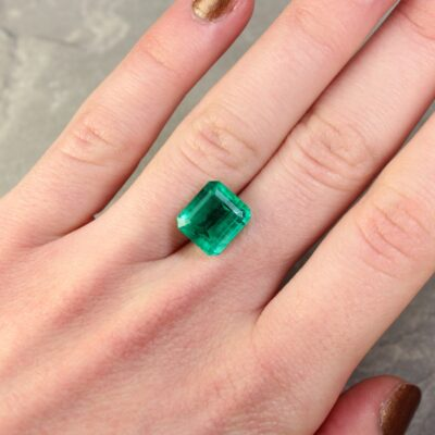 4.88 ct green octagon emerald
