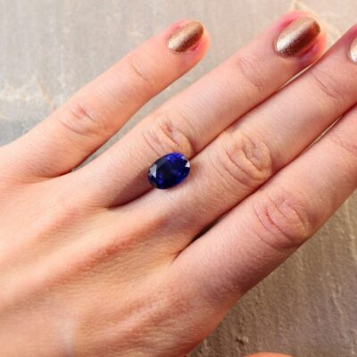 5.20 ct blue oval sapphire