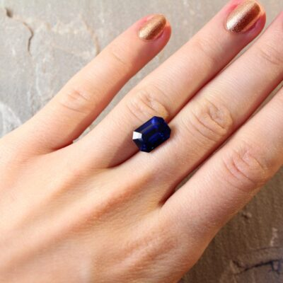 6.13 ct royal blue octagon sapphire