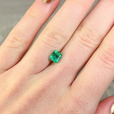 1.12 ct bluish green octagon emerald