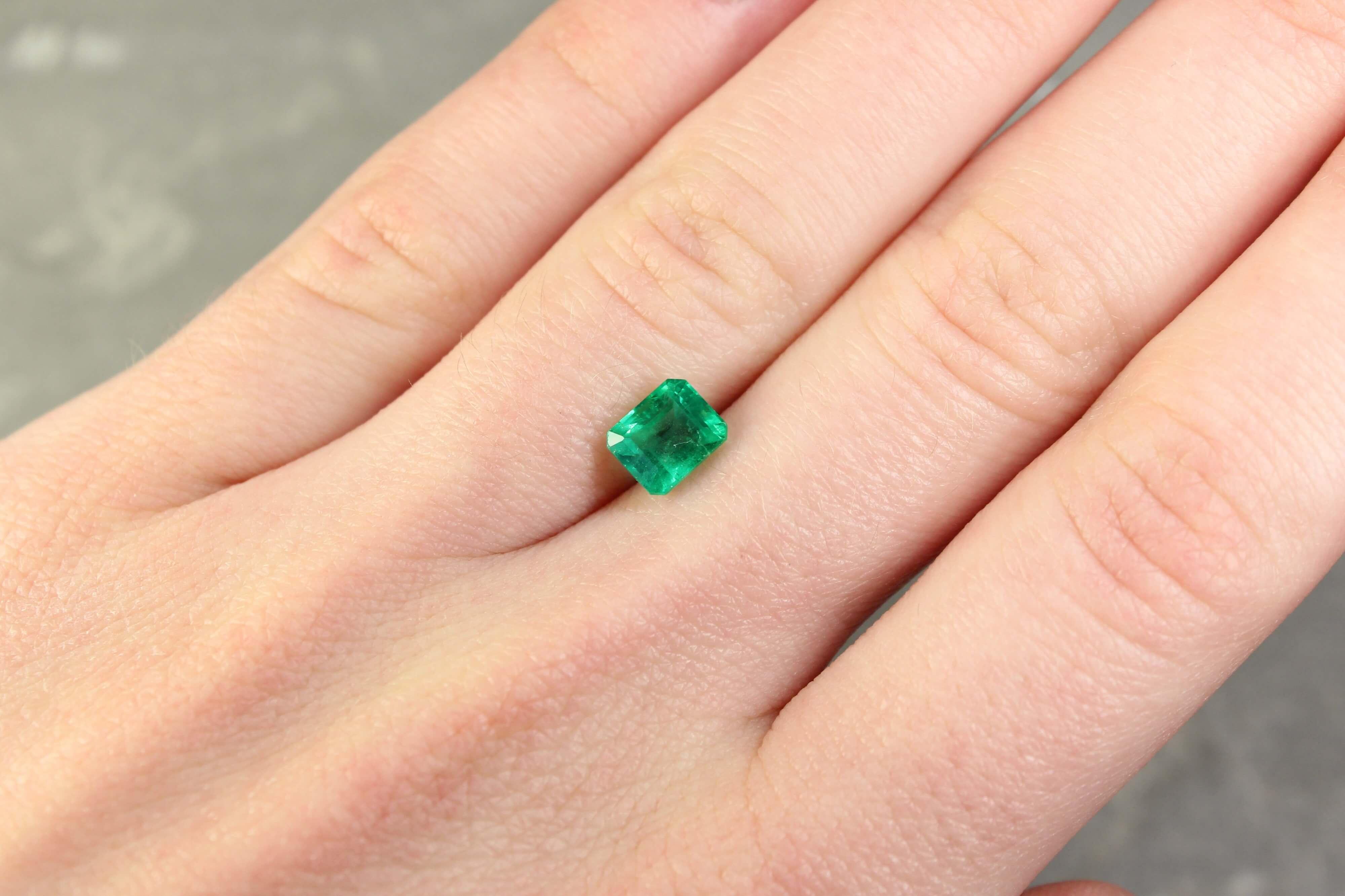 1.17 ct green octagon emerald