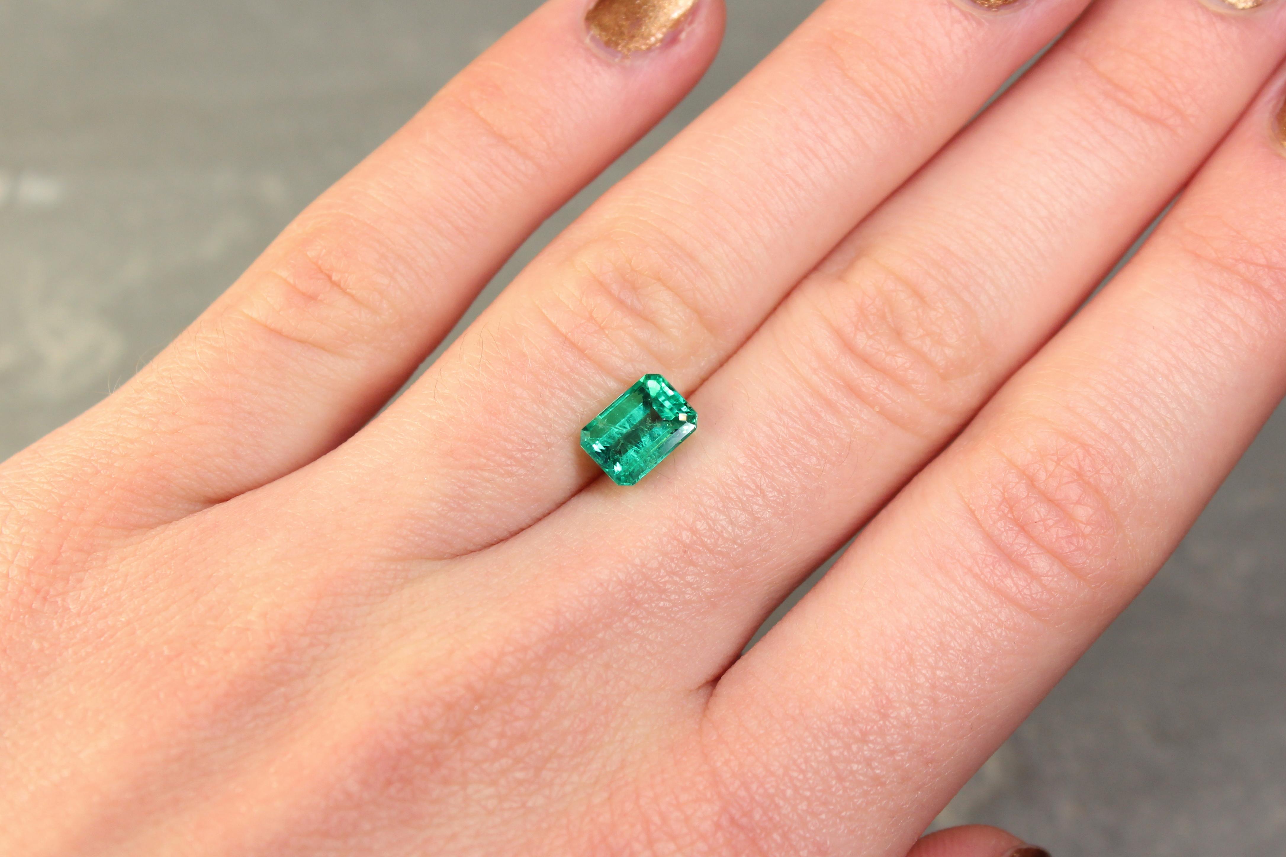 1.68 ct bluish green octagon emerald