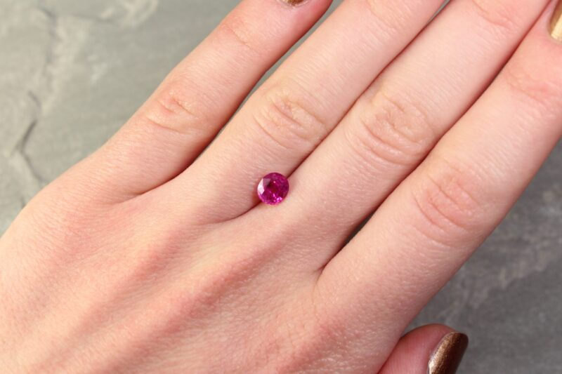 1.06 ct pinkish red oval ruby
