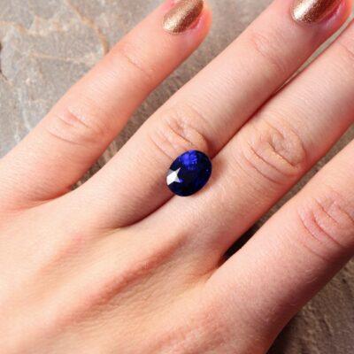 5.04 ct vivid blue oval sapphire