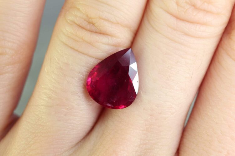 4.07 ct pear shape ruby