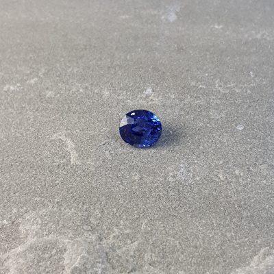blue sapphire dealer UK Haruni Fine Gems