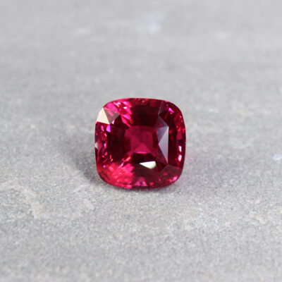 loose red gemstone hatton garden