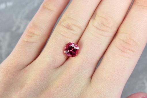 gemstones shop london Haruni Fine Gems