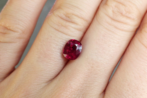 red oval ruby online Haruni Fine Gems