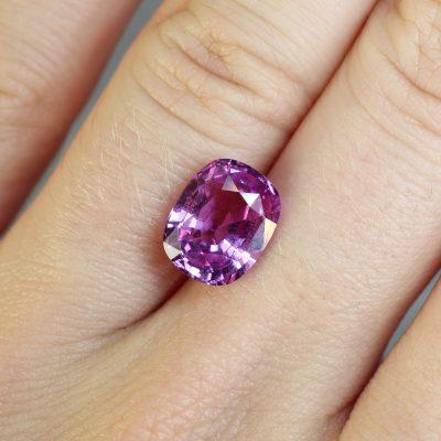 4.09 ct purple cushion sapphire
