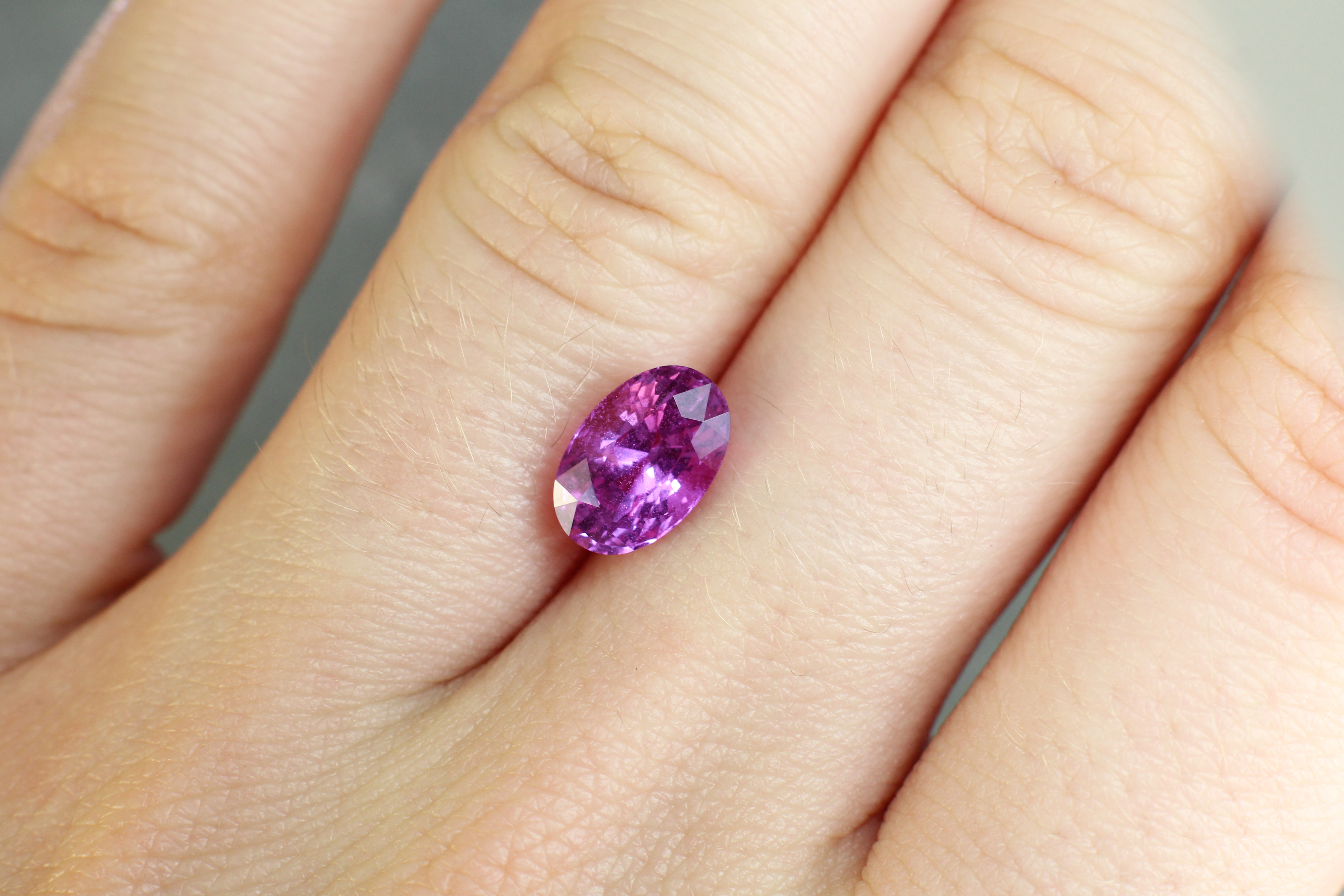 2.64 ct pink oval sapphire