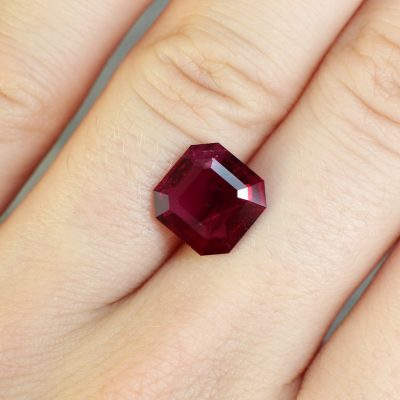 fine cut red ruby Haruni Fine Gems