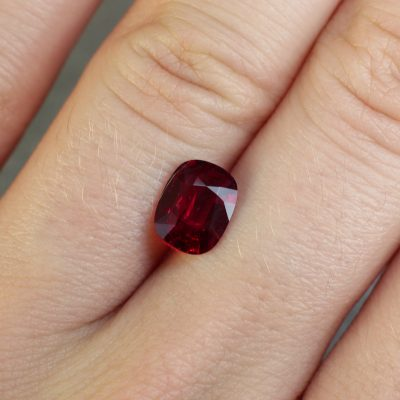 red ruby fine cut Haruni Fine Gems