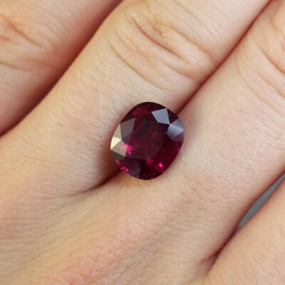 4.49 ct red oval ruby