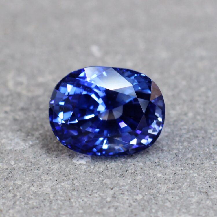 3.21 ct blue oval sapphire