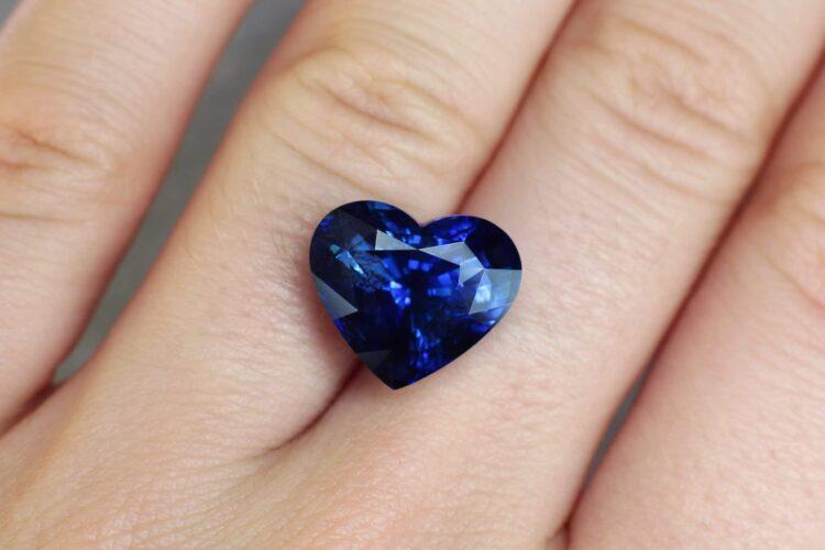 10.90 ct blue heart shape sapphire
