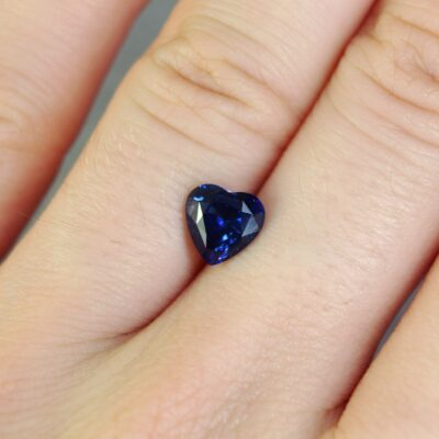 1.66 ct blue heart shape sapphire