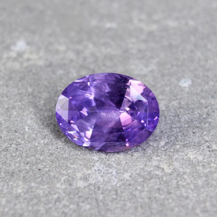 4.14 ct purple oval sapphire