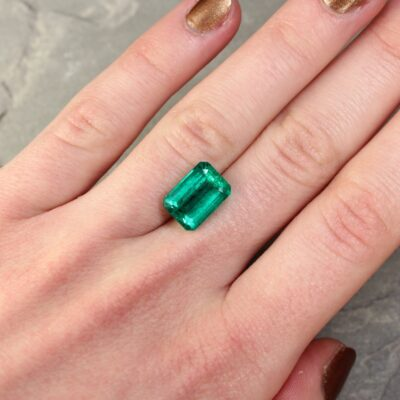 4.92 ct green octagon emerald